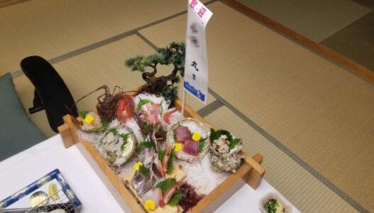 伊豆 稲取東海ホテル湯苑の部屋食ご飯♪料理極盛り!夕食_お造り船盛り1