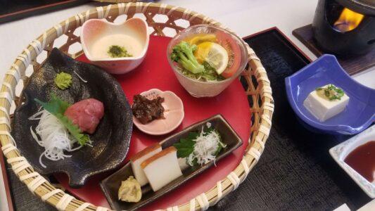 伊豆 稲取東海ホテル湯苑の部屋食ご飯♪料理極盛り!朝食_前菜
