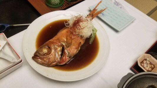 伊豆 稲取東海ホテル湯苑の部屋食ご飯♪料理極盛り!夕食メニュー_金目鯛の煮付け1