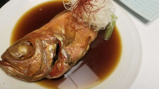 伊豆 稲取東海ホテル湯苑の部屋食ご飯♪料理極盛り!夕食メニュー_金目鯛の煮付け2