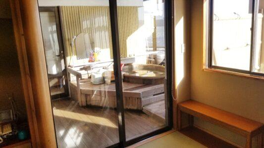 伊豆 稲取東海ホテル湯苑 露天風呂付客室201号室(特別室)温泉レポ_ブラインド